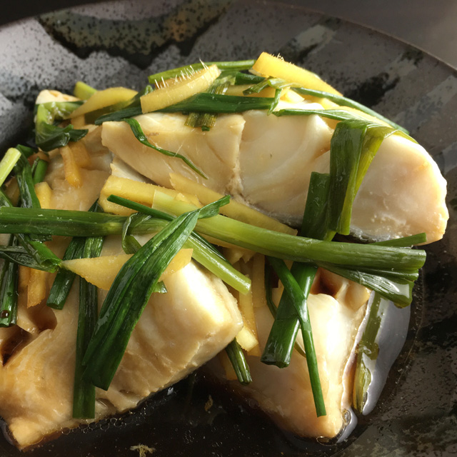 Chinese poached black cod a day in the kitchen for Cod fish in chinese