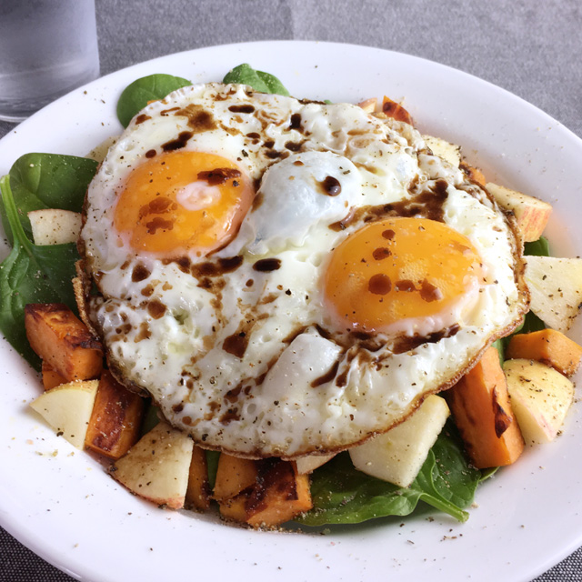 Crispy fried eggs over veggies a day in the kitchen for Ada s fish fry