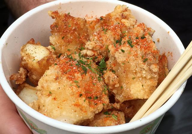 A cup of seasoned deep-fried squid - eat in Taipei