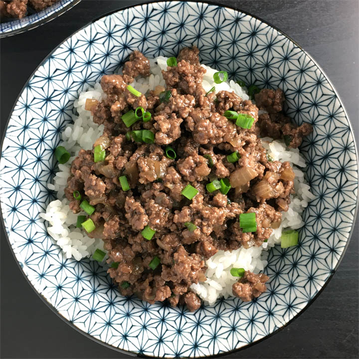 Asian Ground Beef Rice Bowls A Day In The Kitchen